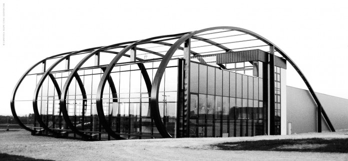 Quax-Hangar-Final-Bild-01-©-Carsten-A-Saupe-CeSa-Quotor-Design