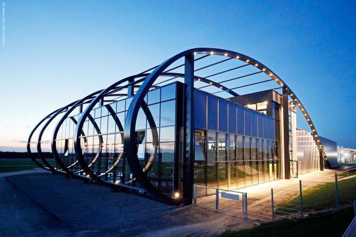 Quax-Hangar-Final-Bild-02-©-Carsten-A-Saupe-CeSa-Quotor-Design